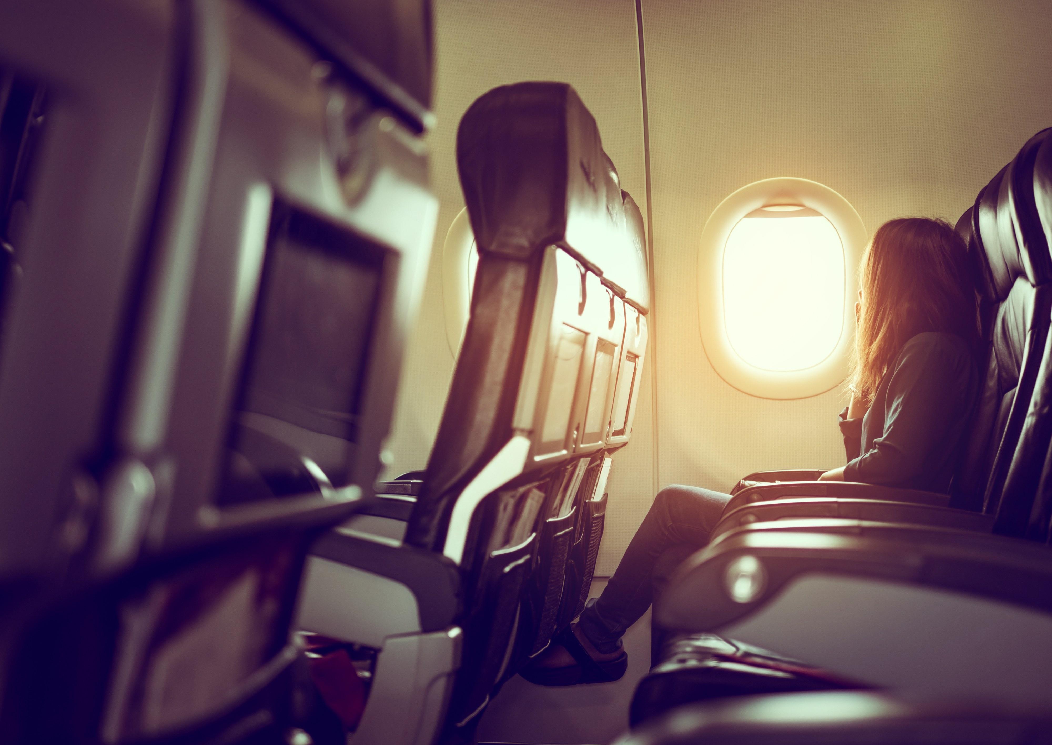 isolamento social em avião