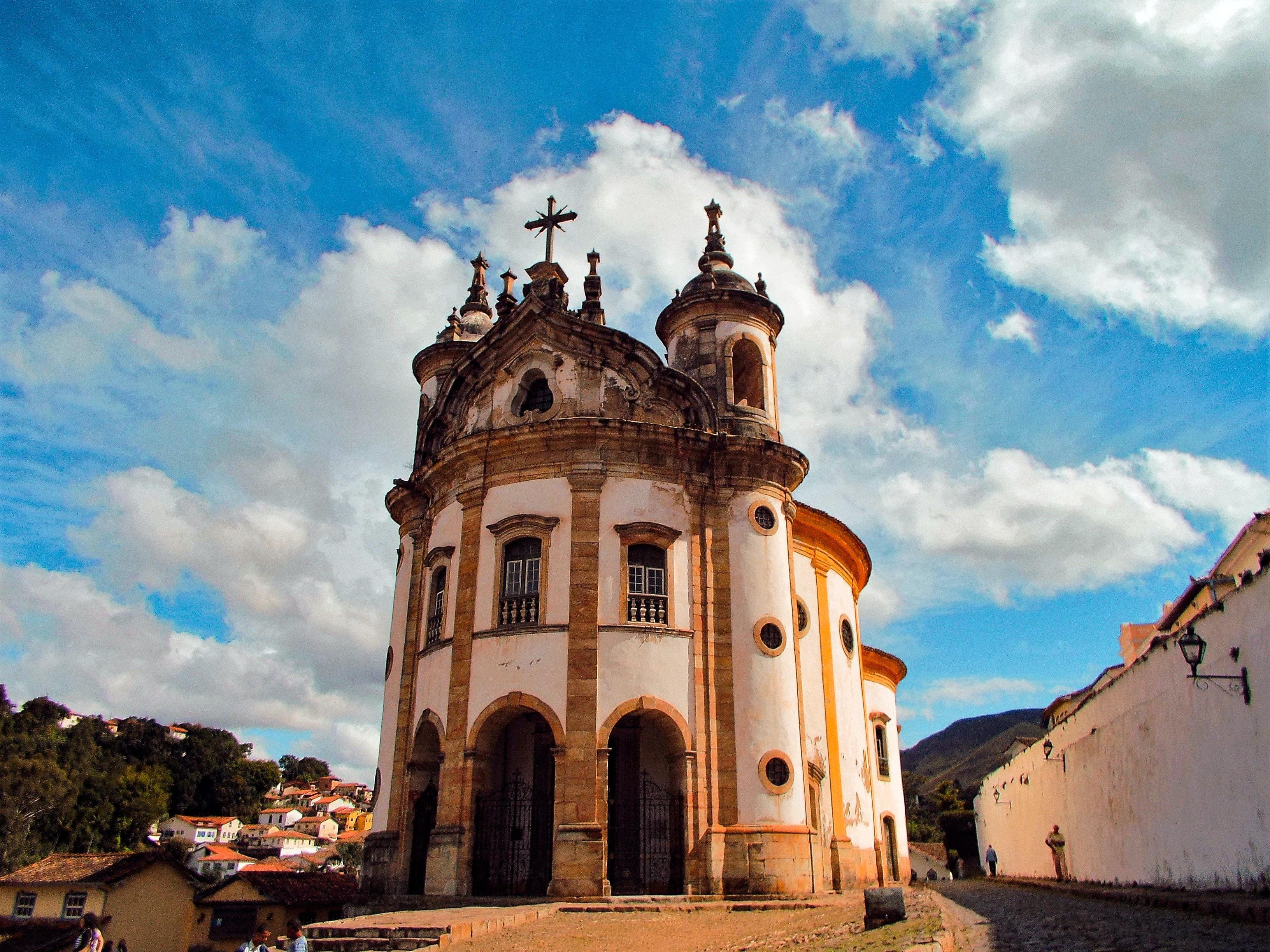 Ouro Preto, em Minas Gerais, é opção de destino para viajar no fim do ano.